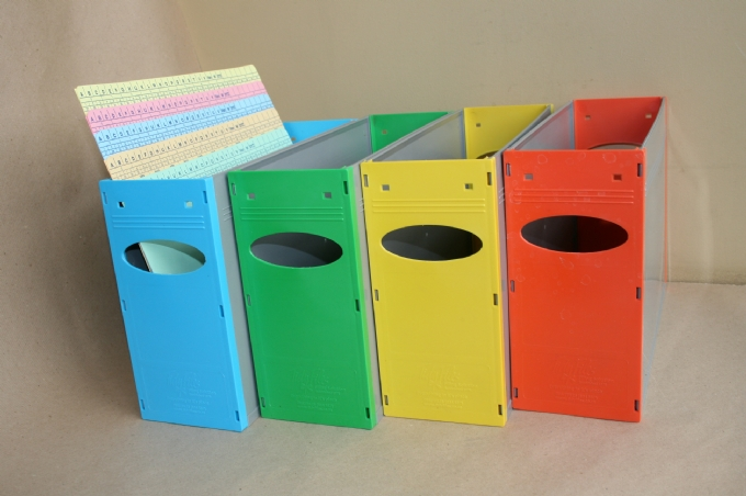 filing-solutions-Solid-Containers