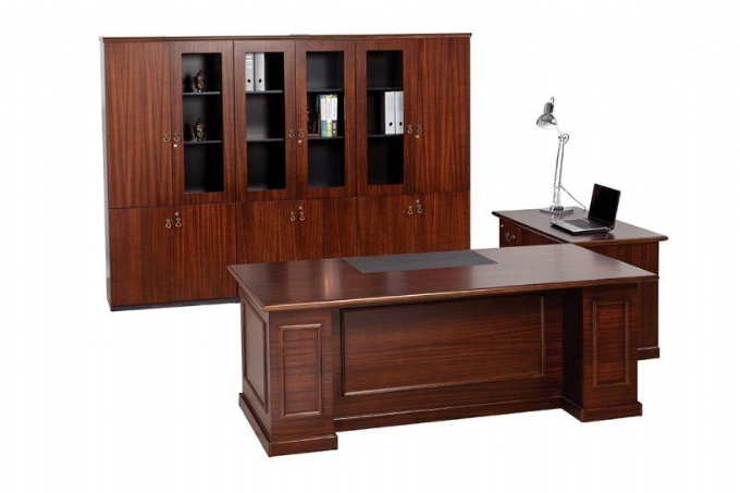 executive-desk-Premier-range