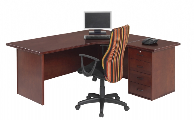 executive-desk-Spaceline-Range